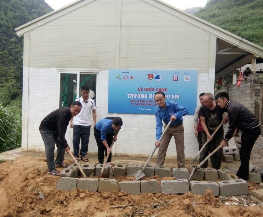 Lễ khởi công xây dựng điểm trường mầm non Giàng Sĩ Tủng